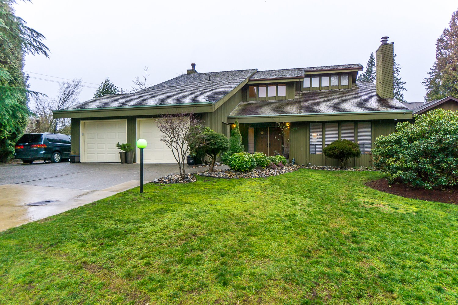 Large family home in sought after cul-de-sac in Abbotsford