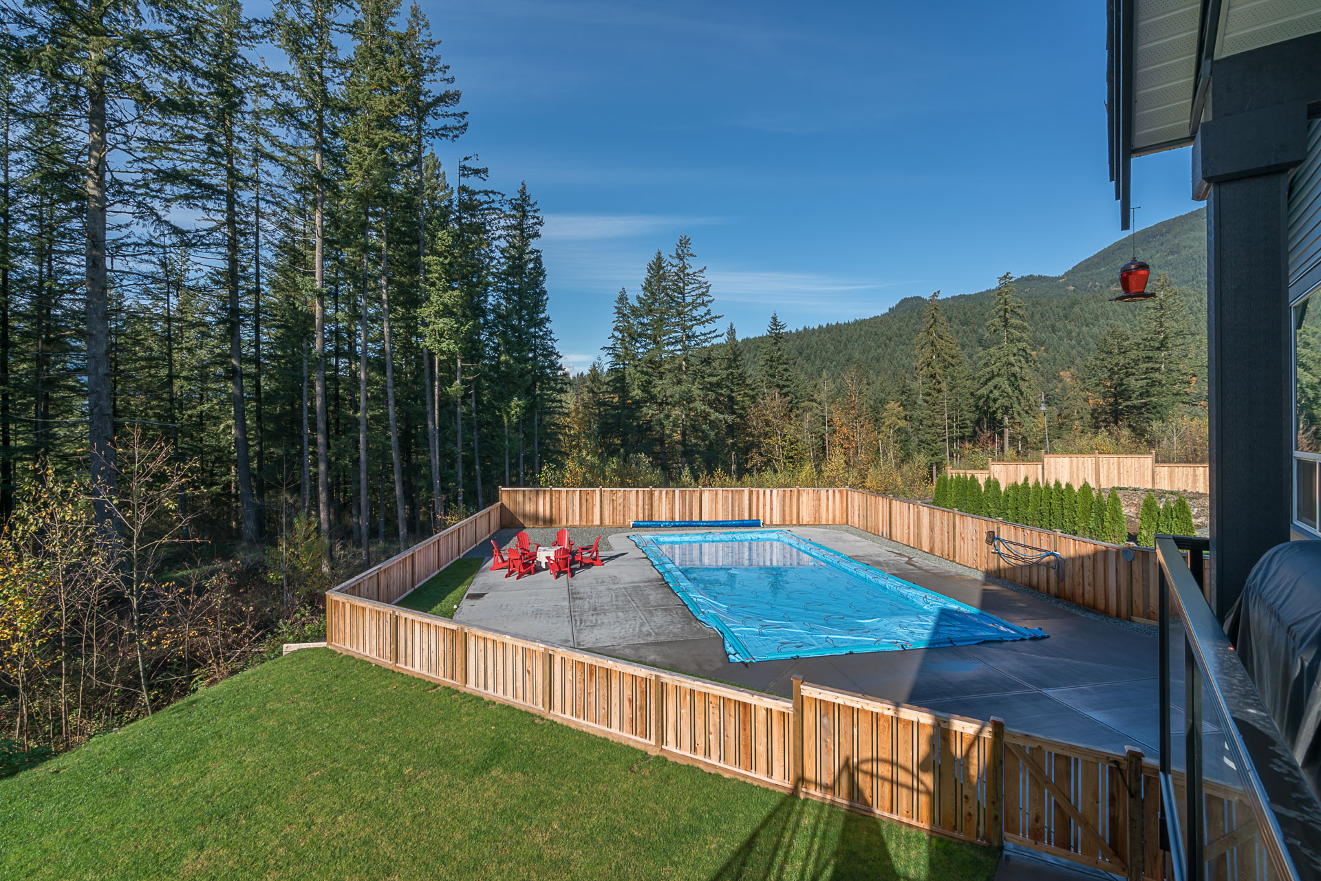 Home_For_Sale_House_Michele_Cummins_Real_Estate_Group_Mission_Agassiz_Mt.Woodside_Pool_Jacuzzi_View_Greenspace_Amazing