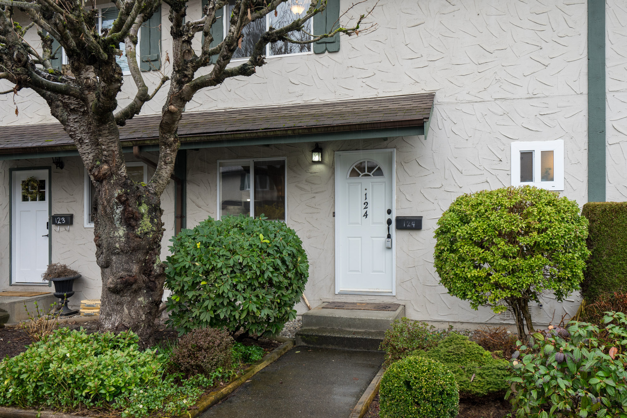 4 bedroom townhouse with basement in Abbotsford