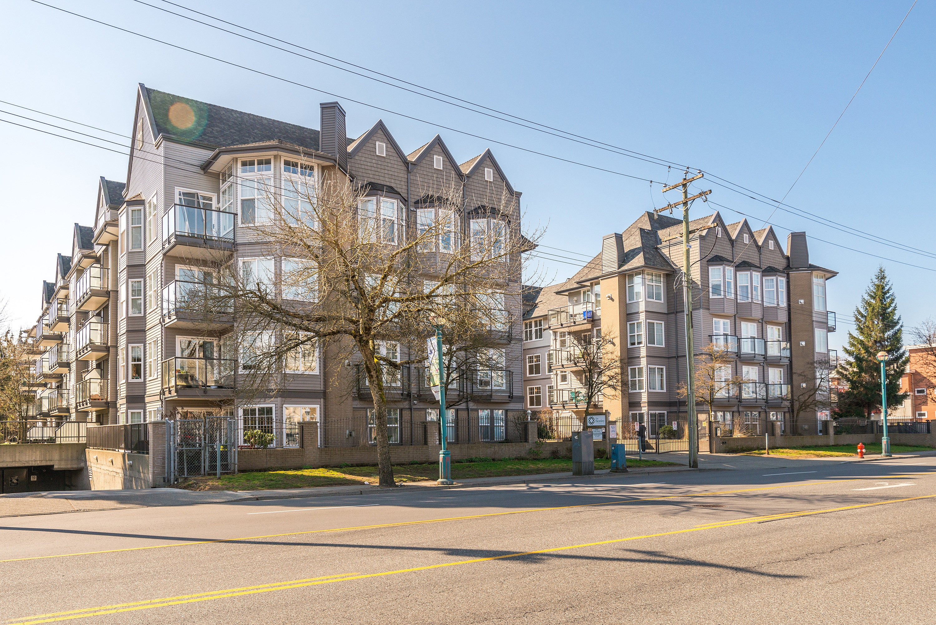 Charming Condo in the Heart of Langley