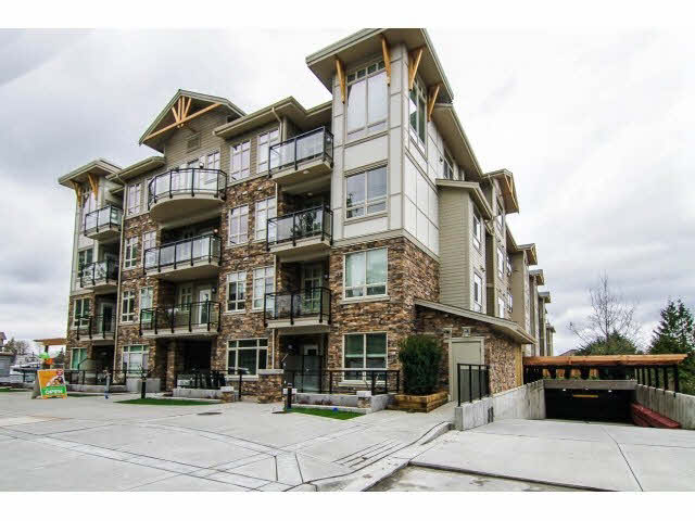 2 Bedroom Boutique Condo in Willoughby, Langley